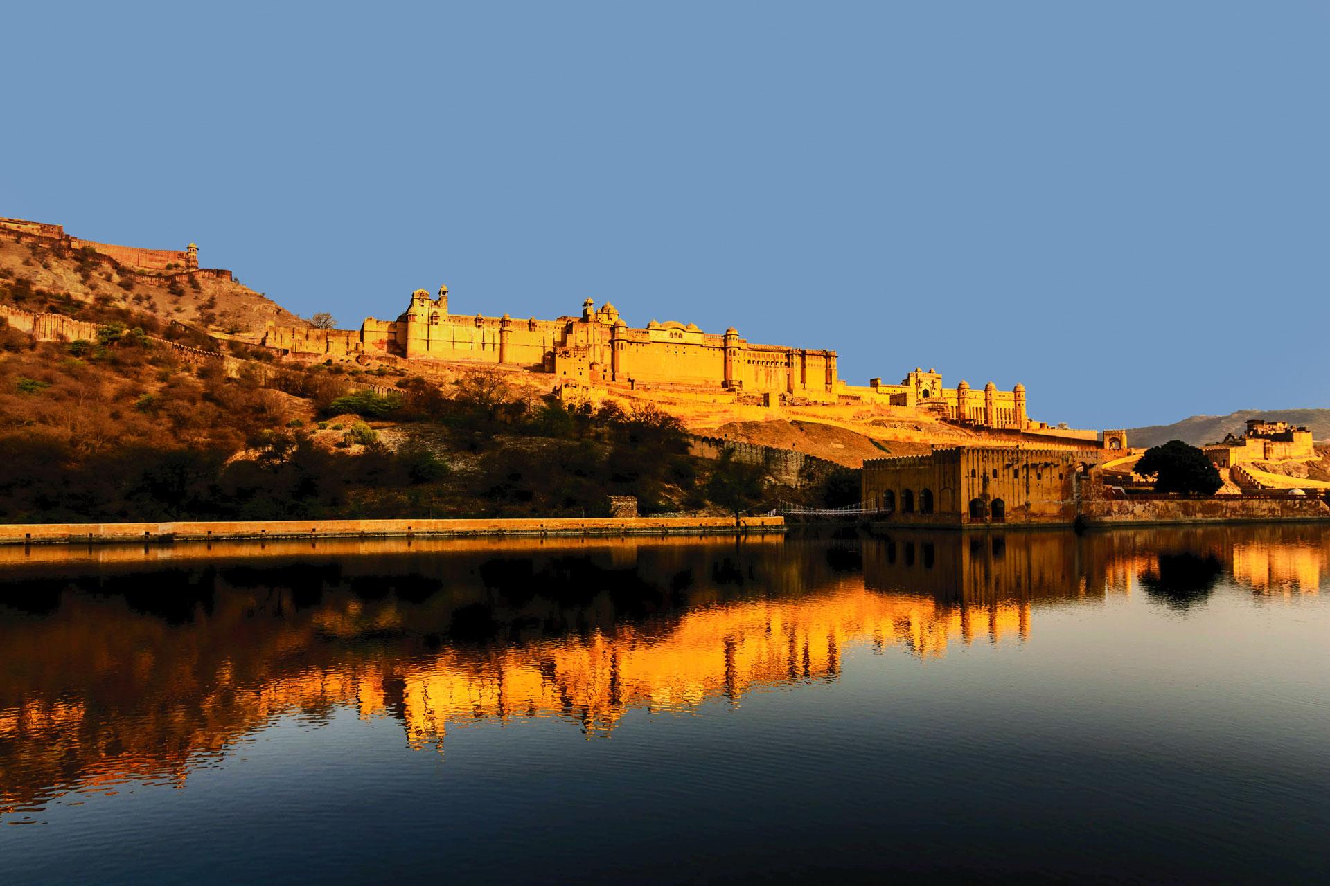 Classical India with Taj Mahal Tours